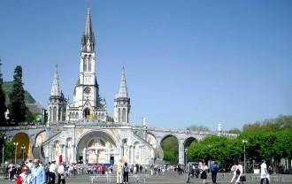 Im Bus nach Lourdes
